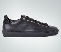 Sneaker im Rock-Style