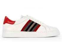 Schuhe Sneaker mit Kettendetail