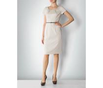 Kleid im klassischen Design