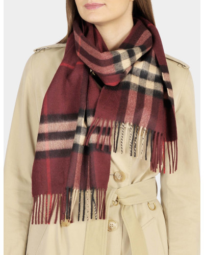 Giant Icon Scarf in Claret Check Cashmere