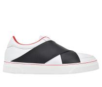 Sneakers mit Kreuzverschluss