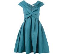 Kleid mit tiefem V-Ausschnitt