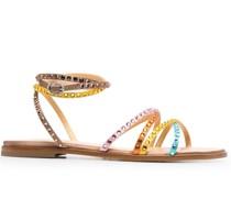 Flache Sandalen mit Kristallen