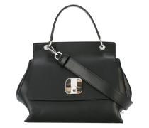 Handtasche mit Logo-Verschluss