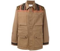 Jacke mit verzierten Schultern