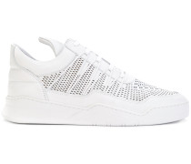 Sneakers mit Laser-Cuts