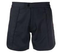 Tennis-Shorts mit diagonalen Streifen