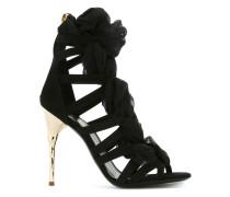 Sandalen mit schmalen Riemen