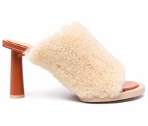 Mules mit Shearling