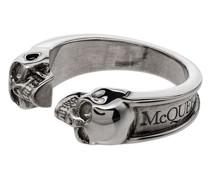 Ring mit zwei Totenköpfen