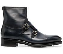 Stiefel mit Schnallenverschluss