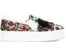 - Slip-On-Sneakers mit Verzierungen - women