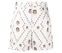 Shorts mit Masken-Print