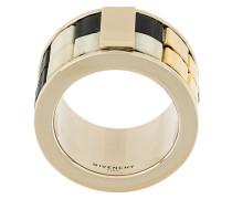 Ring in Mosaik-Optik