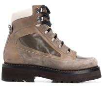Hiking-Boots mit breiter Sohle