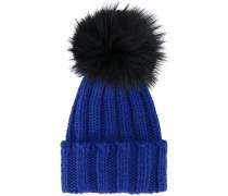 Blue ribbed cashmere hat with fur pom pom
