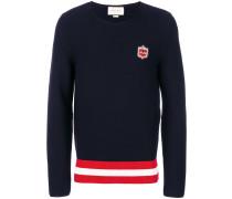 bee plaque sweater