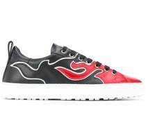 Sneakers mit Flammen-Print