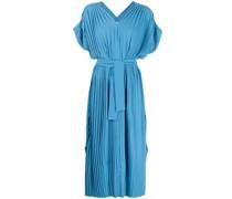 Geripptes Kleid mit V-Ausschnitt