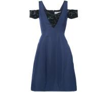 Kleid mit verziertem Einsatz