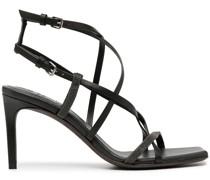 Sandalen mit verzierten Riemen