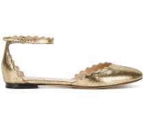 Ballerinas mit gewellten Kanten