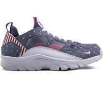 'Air Trainer Huarache' Sneakers