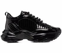 Polierte Sneakers