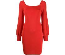 Kleid mit eckigem Ausschnitt