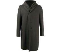 Einreihiger Mantel im Layering-Look