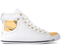 Klassische HighTopSneakers