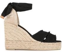 Wedge-Sandalen aus Bast