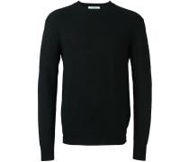 Pullover mit kontrastierenden Strickmustern