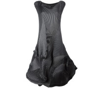 Voluminöses Kleid mit geripptem Design