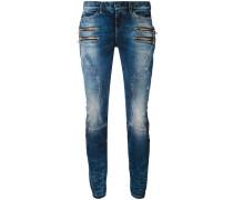 Jeans mit Reißverschlusstaschen