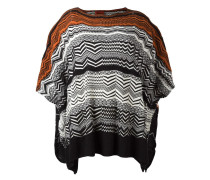 Gestreifter Poncho