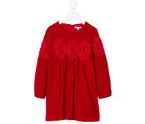 Kleid mit Häkelpatches