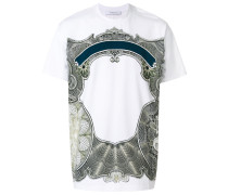 T-Shirt mit barokem Patch