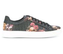 Sneakers mit BlumenPrint