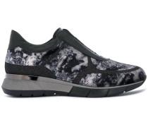 Sneakers mit Blütenmuster