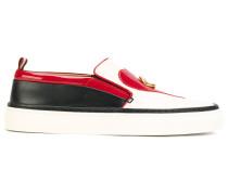 Slip-On-Sneakers mit Herz- und Lippenmotiv