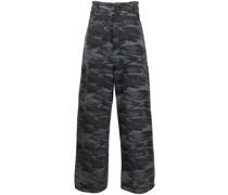 New Baggy Jeans mit Camouflage-Print