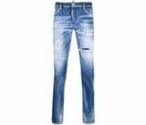 Ausgeblichene Jeans mit Farbklecksen