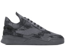 'Ghost Skid' Sneakers im Used-Look