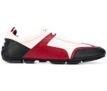 Sneakers mit Schürung