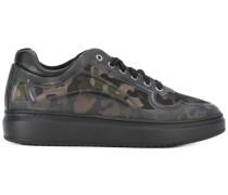 - Sneakers mit Camouflagemuster - men