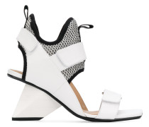 touch strap sandals