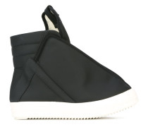 High-Top-Sneakers mit Oversized-Zunge