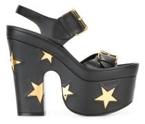 Sandalen mit Stern-Motiven