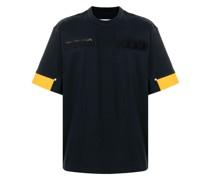 T-Shirt mit Reißverschlusstasche
